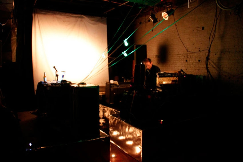 daniel neumann sound art soundart klangkunst red door new york city
